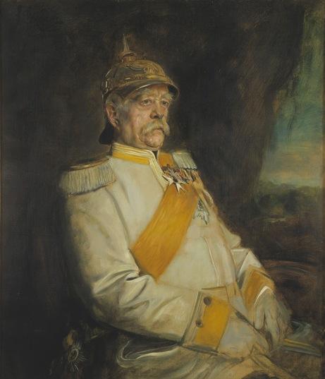 """Bismarck, Otto Eduard Leopold von (1815 - 1898), Deutscher Politiker. Reichskanzler (1871-90); """"Fürst Bismarck in Uniform mit Helm""""; Gemälde von Franz von Lenbach,  (1836 - 1904) Original: Privatbesitz Standort bitte unbedingt angeben!; Foto: Jürgen Liepe;"""