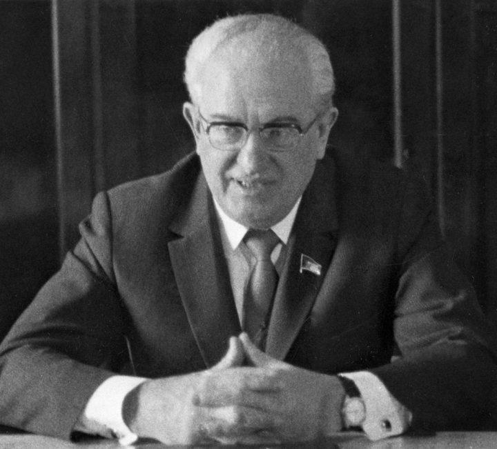 Председатель КГБ СССР Юрий Владимирович Андропов.