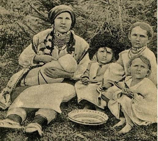 До какого возраста детей кормили грудью
