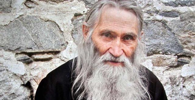 Какой духовный отец у патриарха Кирилла