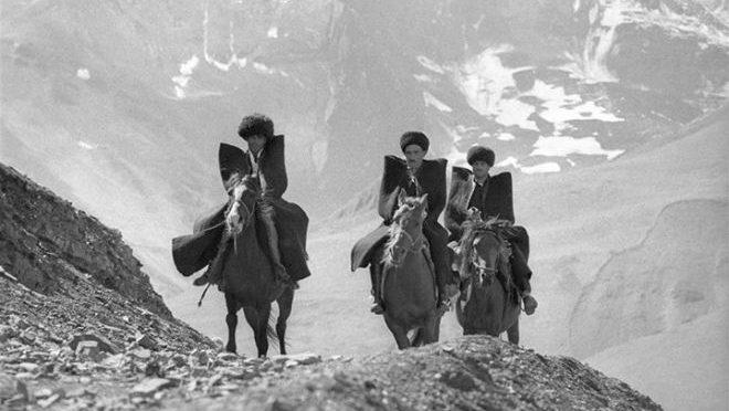 Почему кавказцы не боятся высоты