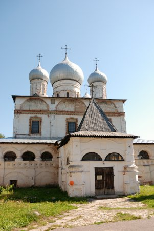 Как слезы Богородицы спасли Новгород