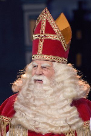Дед Мороз, Санта-Клаус и Святой Николай