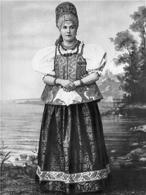 Просмотров.  Категория.  Русский национальный костюм (головные уборы).