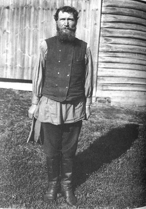 Зажиточный крестьянин в повседневной одежде. Московская губ., Дмитровский у., с. Куликово. 1913