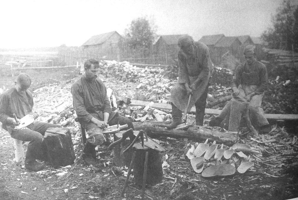 Семейный промысел. Владимирская губ., Покровский у. 1913
