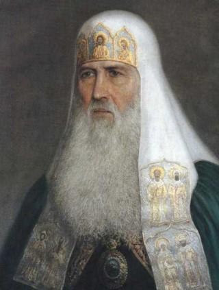 Патриарх Иосиф. По его благословению в 1648 году в Москве было основано духовное училище при Андреевском монастыре. Кроме того, именно он  сделал первые шаги к воссоединению России и Украины.