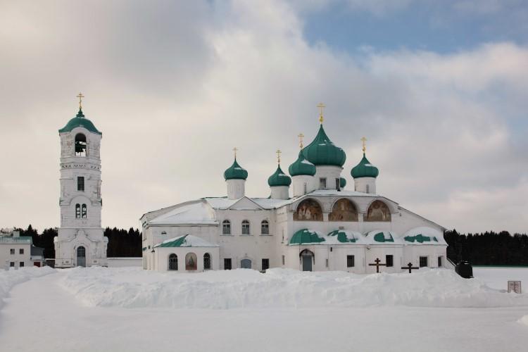 Преображенский собор с приделом преподобного Александра Свирского