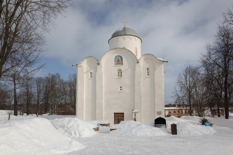 Успенский монастырь. Церковь Успенья Богородицы . XII век