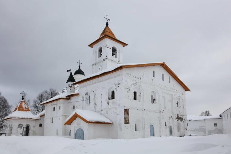 Каменная церковь Покрова Божией Матери, построенная самим преподобным Александром в 1533 году