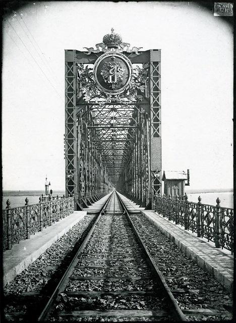 Александровский мост через Волгу в Сызрани 1894