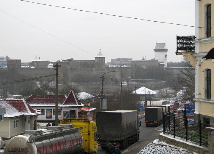 3. Вид Нарвы из Ивангорода
