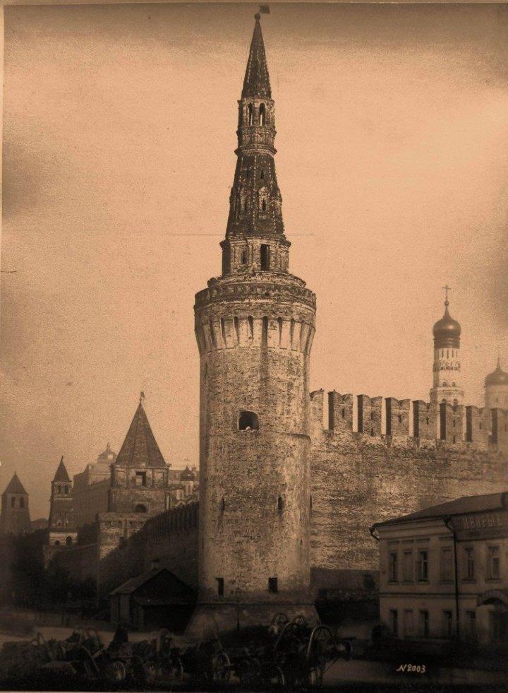 Москва. Кремль. Беклемишевская (Москворецкая) башня